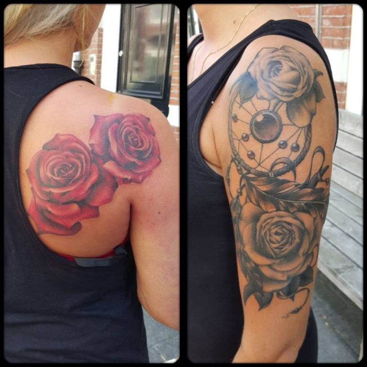 Full Color Roses/Black&Grey Roses With Dreamcatcher